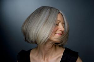 Седые волосы фото
