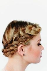 как красиво заплести длинные волосы коса вокруг головы 1