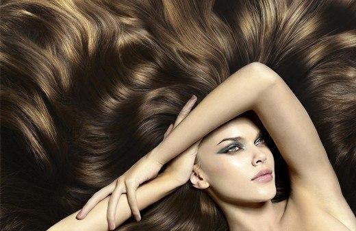 коньяк в корни волос